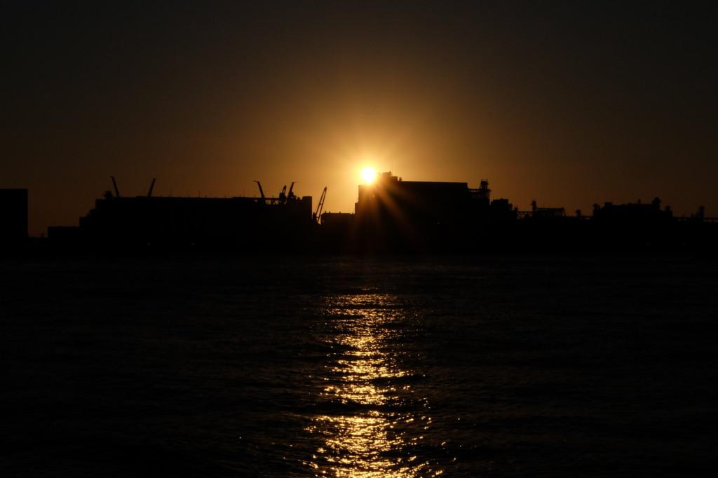 ベイサイドプレイス博多の夕日1