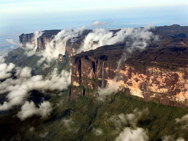 Lost_Worlds_of_the_Guiana_Highlands_12
