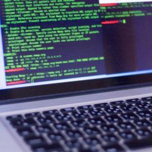 独学でプログラマーは9割以上が不可能?独学でプログラマーになれる人なれない人の違いとは