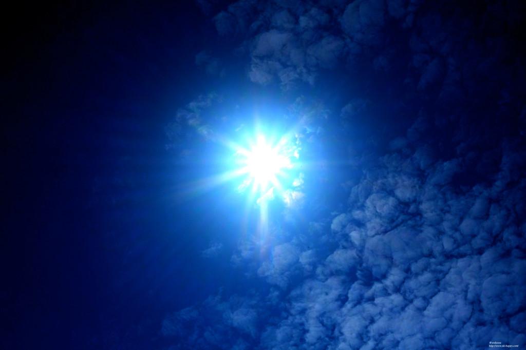 ブルーの空。