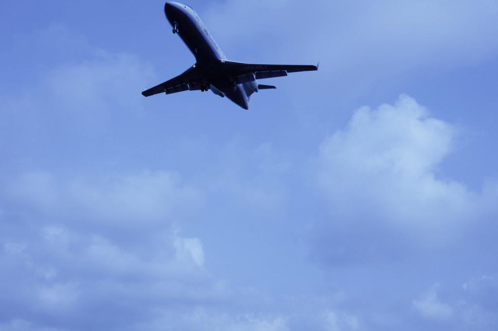 福岡空港の飛行機1