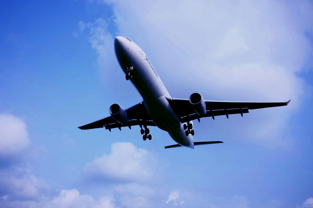 福岡空港の飛行機4