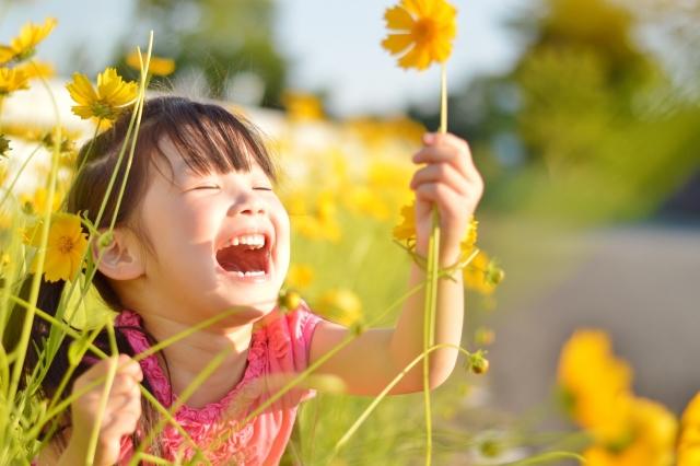 子供用日焼け止めMAARO STRONG(マアロ ストロング)が話題!ブルーライトもPM2.5も防ぐ