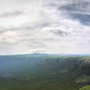 【阿蘇の絶景】世界最大級のカルデラが一望出来る大観峰が絶景!ソフトクリームが激ウマ